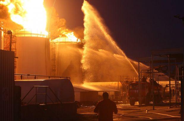 Поезда МЖД оказывают помощь в ликвидации возгорания склада в Ногинске