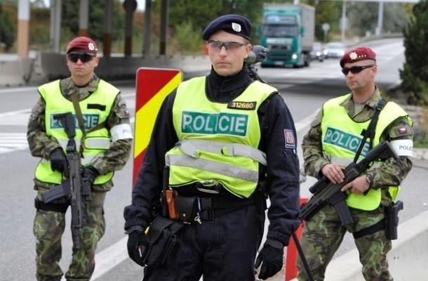 Из-за угрозы теракта в Чехии было остановлено движение десятков поездов
