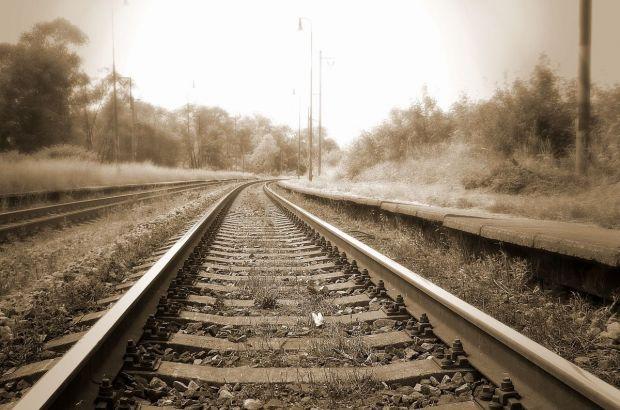 Подросток попал под поезд в Новосибирской области