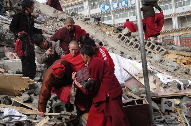 На юго-востоке Китая проверяют состояние железной дороги после землетрясения на Тайване