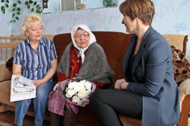Путин поздравил ковровчанку со 100-летним юбилеем