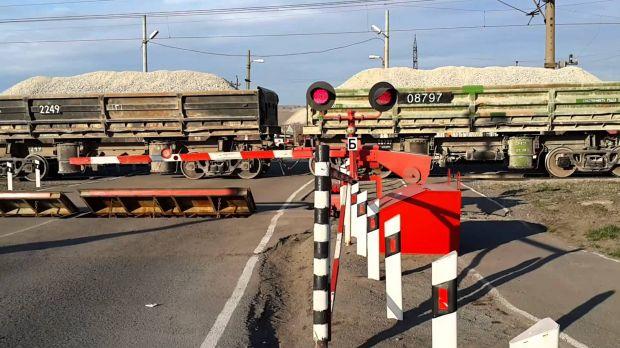 Локомотив и автомобиль столкнулись в Приамурье, четверо пострадали
