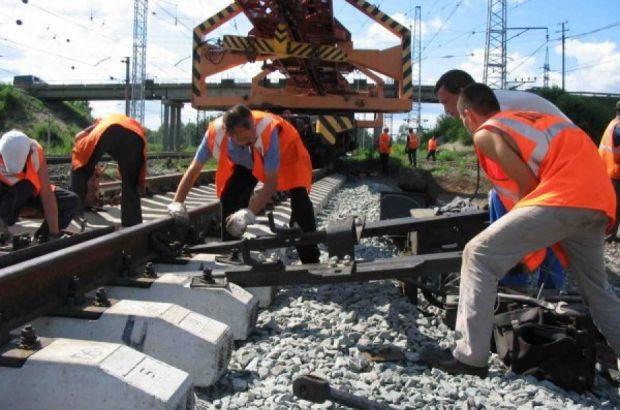 Свердловская железная дорога отремонтирует 443,2 км магистрали в 2016 году