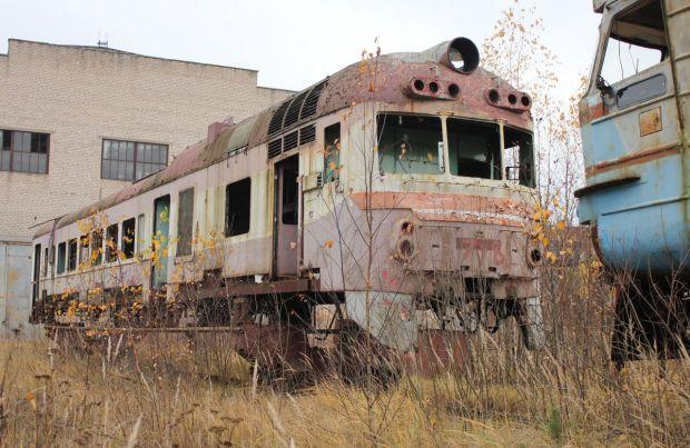 Ространснадзор останавливает 407 вагонов после ремонта на заводе в Великих Луках
