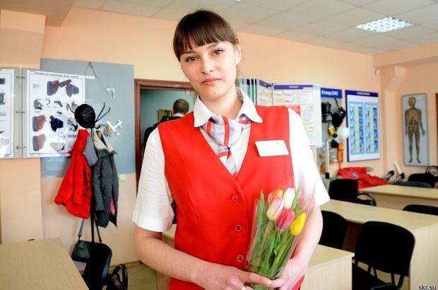 В Южно-Сахалинске наградили сотрудников, которые помогли принять роды в поезде