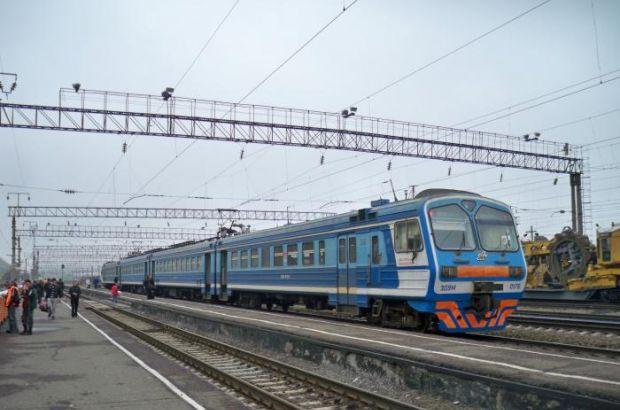 Между станциями «Орск» и «Губерля» застряла электричка