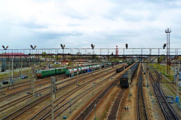 В Екатеринбурге работник «РЖД» погиб под колёсами грузового поезда