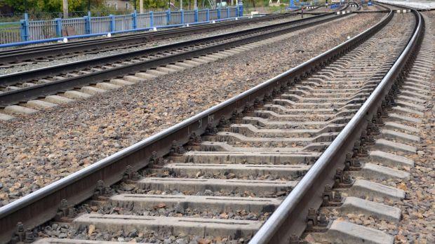 В Кемерове грузовой поезд сбил 56-летнюю женщину
