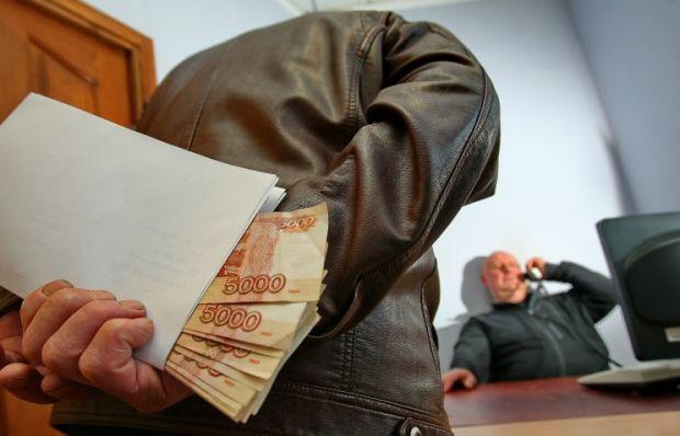 В Челябинске за получение взяток осужден бывший работник железной дороги