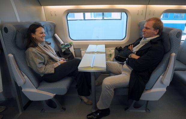 Пассажиров скоростного поезда Allegro будут бесплатно перевозить до аэропорта Хельсинки