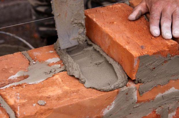 Особенности кладки строительного кирпича